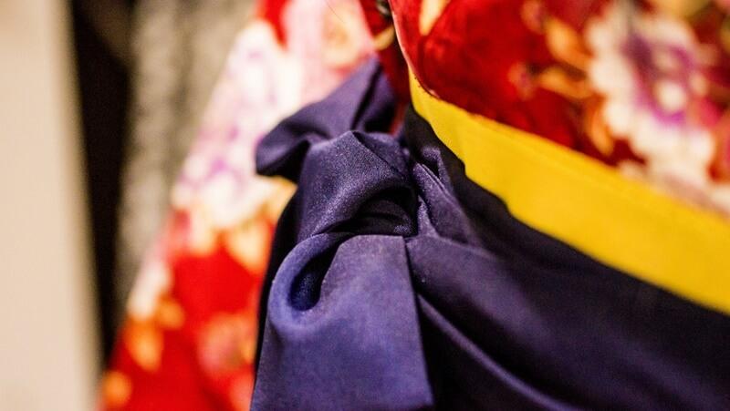 卒業式袴は購入するほどのもの?レンタル相場の3倍も変わってくる!