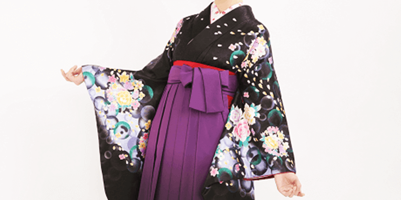 ふくよかな人は濃いめの袴スタイル
